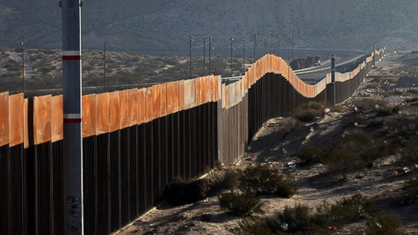 http://a.abcnews.com/images/Politics/mexico-border-wall-2-gty-jt-180121_16x9_608.jpg