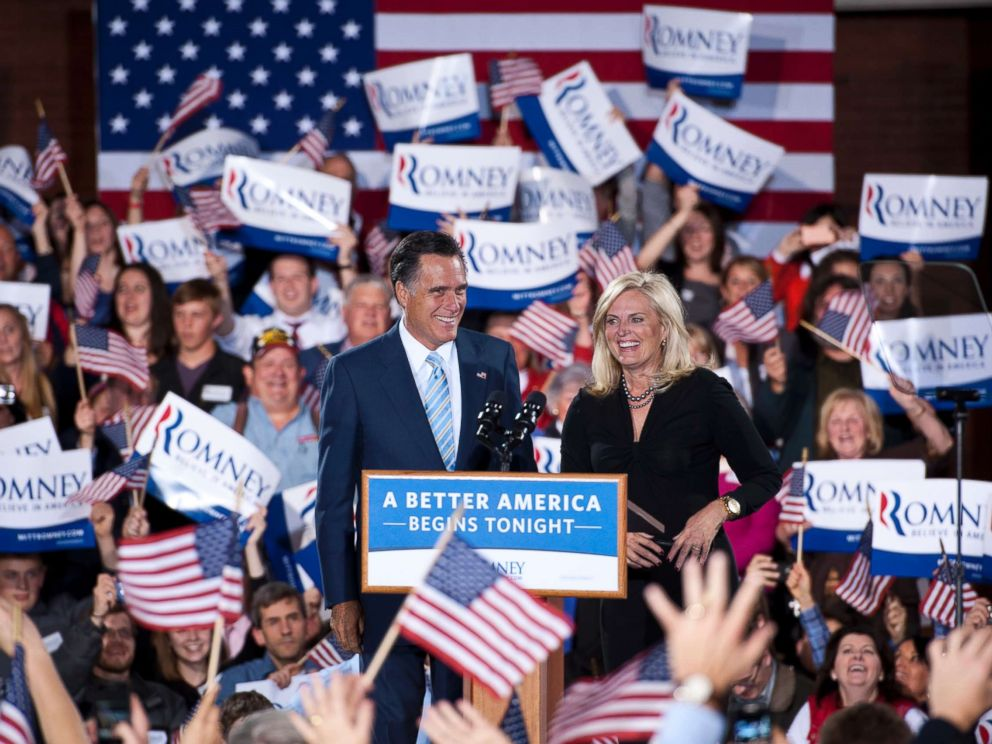 PHOTO: Republican presidential candidate Mitt Romney arrives with his wife Ann Romney at a rally in Manchester, N.H., April 24, 2011.