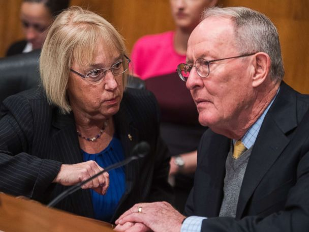 Senators reach deal to continue Obamacare insurance subsidy payments