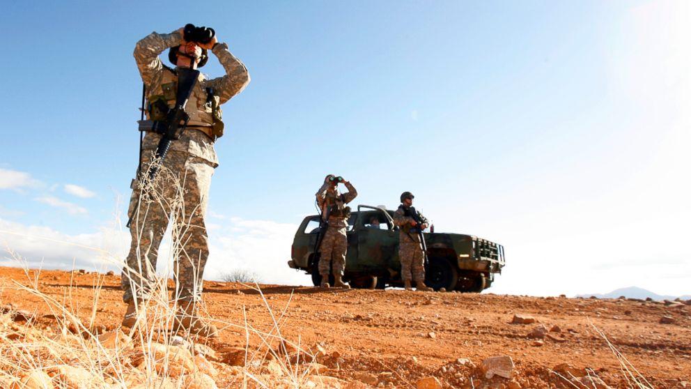 http://a.abcnews.com/images/Politics/national-guard-border-ap-jc-180405_hpMain_16x9_992.jpg