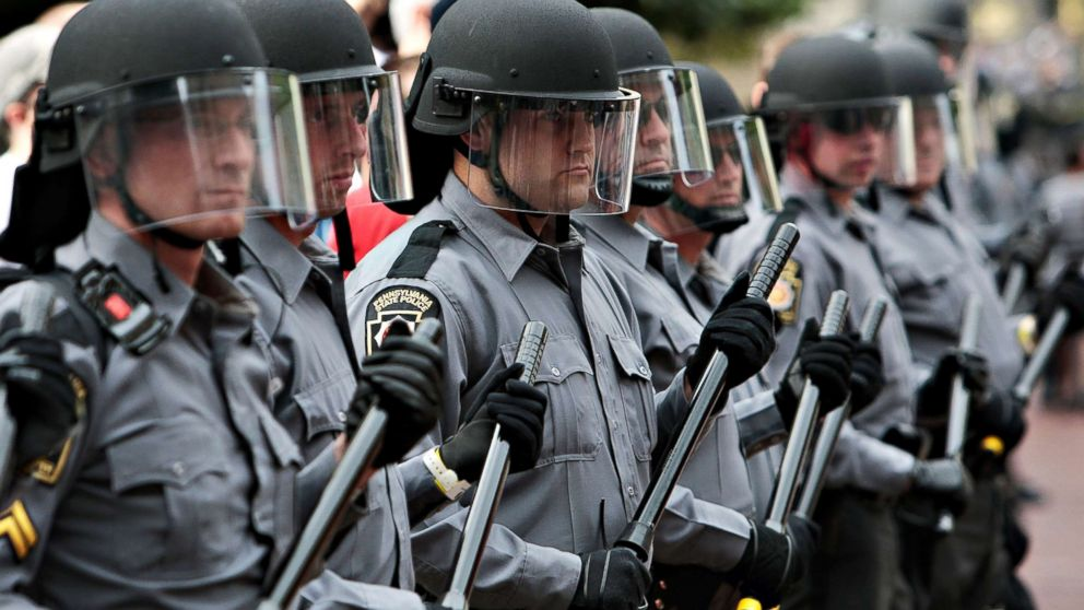 http://a.abcnews.com/images/Politics/pittsburg-riot-police-gty-rc-180419_hpMain_16x9_992.jpg