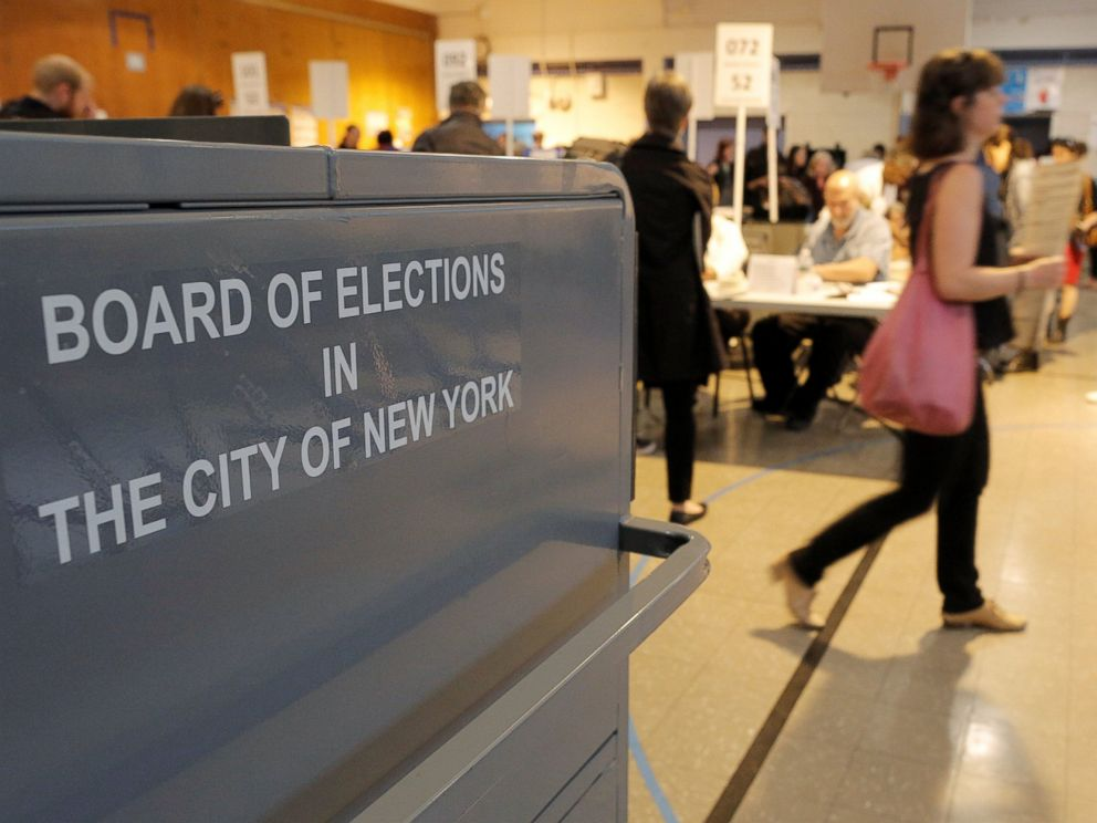 PHOTO: People vote in the New York primary elections at a polling station in the Brooklyn borough of New York, April 19, 2016.