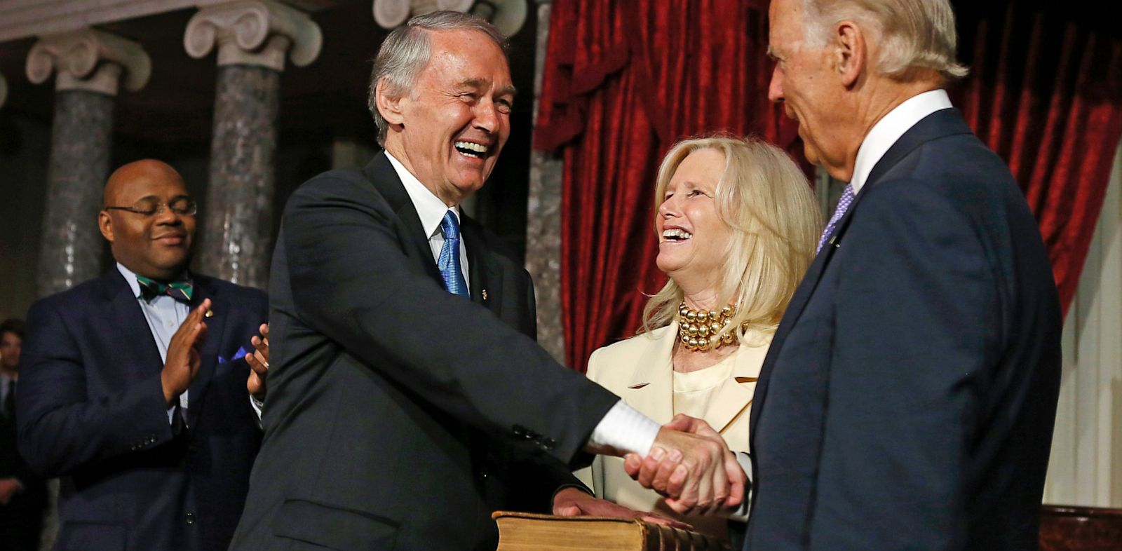 PHOTO: Sen. Ed Markey shakes hands with Vice President Joe Biden