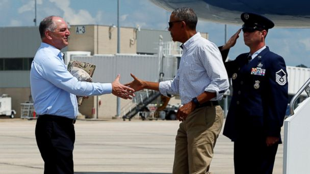 http://a.abcnews.com/images/Politics/rtr_obama_louisiana_landing_jc_160823_16x9_608.jpg