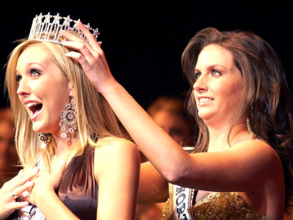 PHOTO: Miss North Carolina USA 2006 Erin OKelley, left, from Asheville, N.C., recieves her crown from Miss North Carolina USA 2005, Samantha Holvey, SOct. 28, 2006, in High Point, North Carolina.