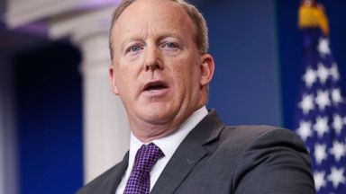 'PHOTO: White House press secretary Sean Spicer speaks to members of the media1_b@b_1the White House, July 17, 2017.' from the web at 'http://a.abcnews.com/images/Politics/sean-spicer-ap-jpo-170821_16x9t_384.jpg'