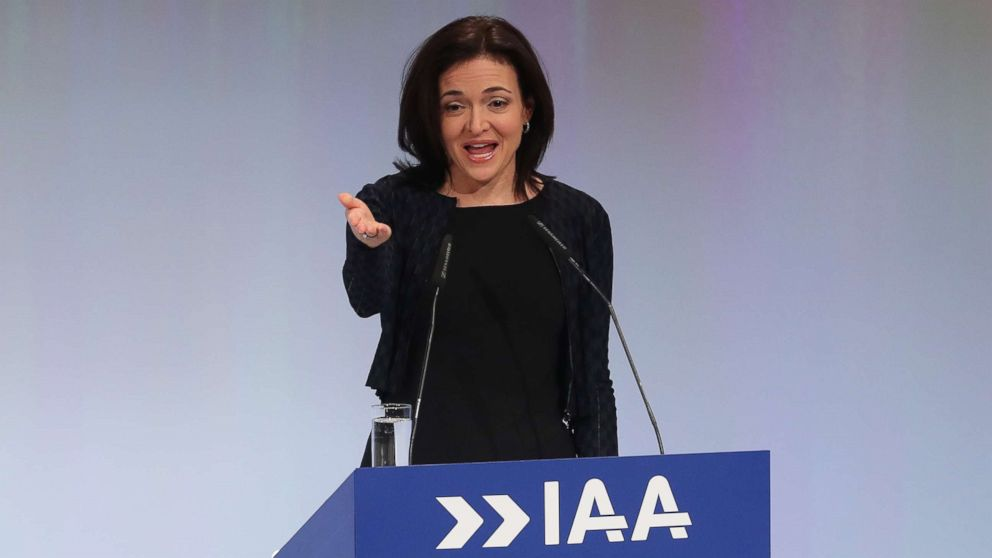 Sheryl Sandberg meets with lawmakers investigating Russia-linked Facebook ads