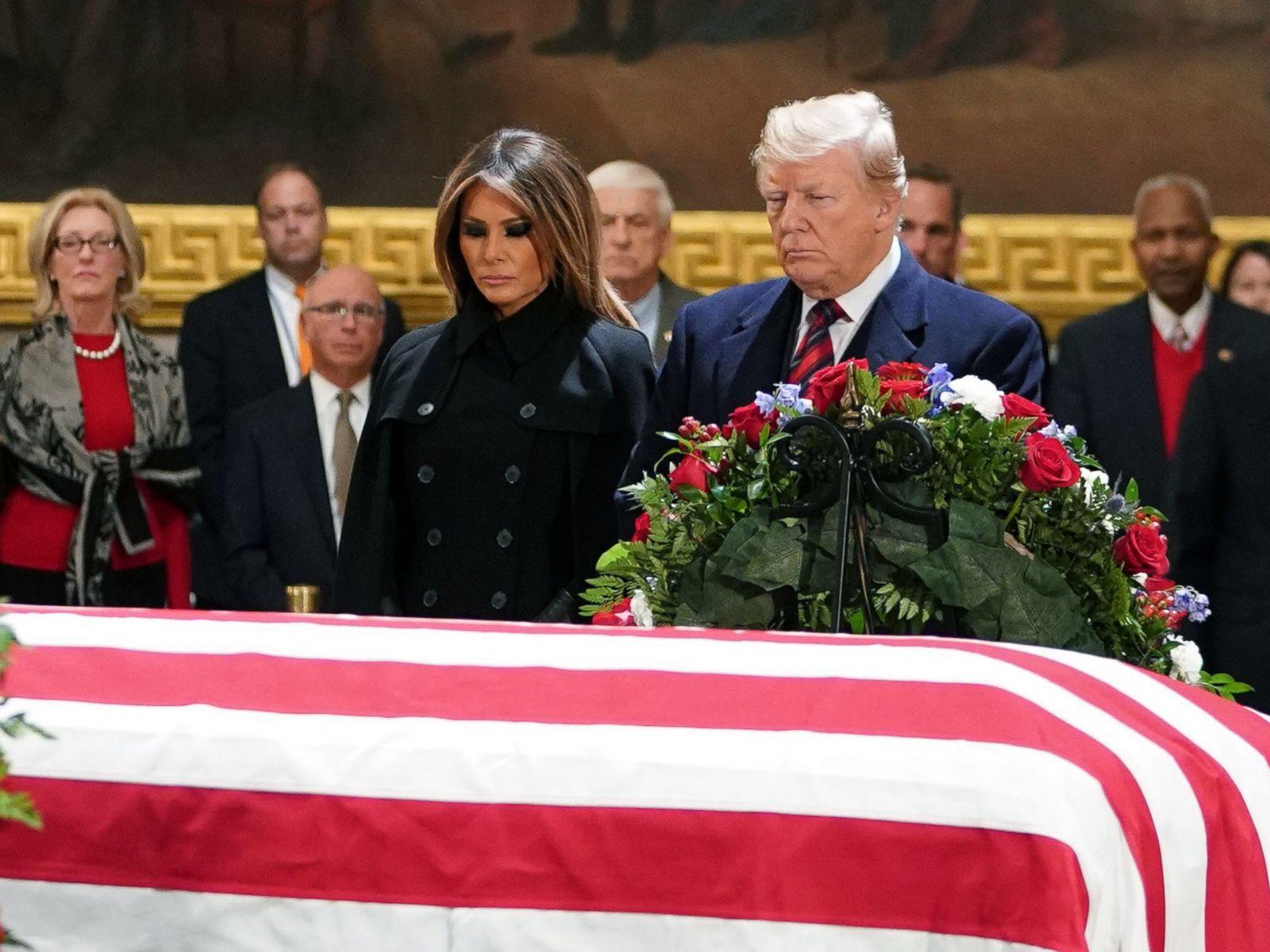 Imagini pentru Donald Trump Capitol Bush photos