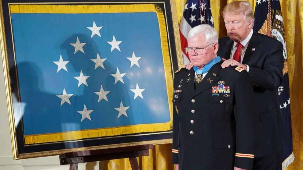 http://a.abcnews.com/images/Politics/trump-medal-honor-ap-jef-171023_16x9_992.jpg