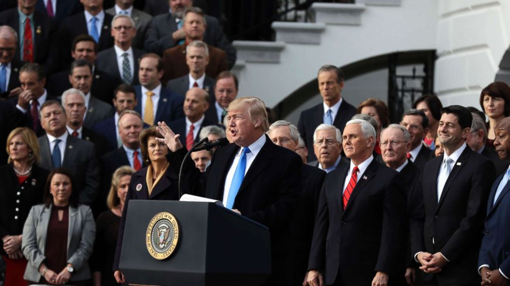 The Note: Superlatives and doom and gloom, Republicans, Democrats fall back on old tropes in describing tax plan