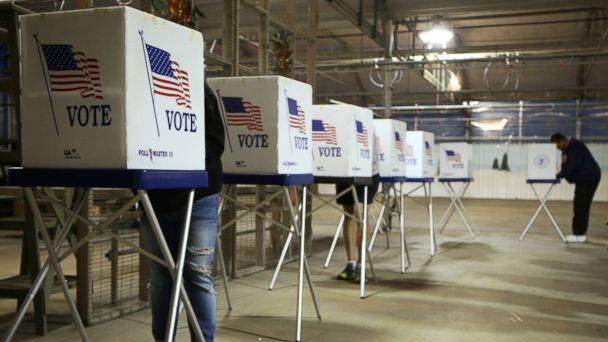 http://a.abcnews.com/images/Politics/voters-illinois-gty-jt-170923_16x9_608.jpg