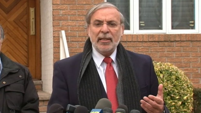 """VIDEO: Dov Hikind is under fire for a """"basketball player"""" costume he wore on the Jewish holiday of Purim."""
