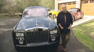 VIDEO: Self-help consultant charges thousands for session on wheels in his Rolls Royce.