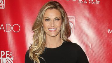 PHOTO: TV personality Erin Andrews at the Shape Magazine and Mens Fitness Super Bowl Party at Cipriani 42nd Street, Jan. 31, 2014, in New York.