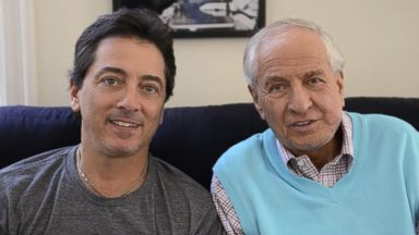 PHOTO: See Dad Run Rejoins Star Scott Baio with Happy Days Creator Garry Marshall on Sunday, Nov. 10, 2013.