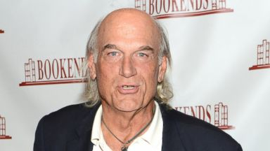 "PHOTO: Jesse Ventura signs copies of his book ""They Killed Our President"" at Bookends Bookstore on Oct. 3, 2013 in Ridgewood, N.J."