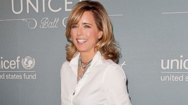 PHOTO: Tea Leoni attends the 2014 UNICEF ball presented by Baccarat at Regent Beverly Wilshire Hotel, Jan. 14, 2014, in Beverly Hills, Calif.