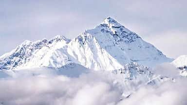 PHOTO: Mount Everests peak is pictured in this stock image.