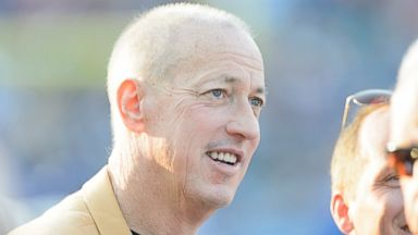 PHOTO: Jim Kelly on the sidelines prior to the game between the Buffalo Bills and the New York Giants at the 2014 NFL Hall of Fame Game at Fawcett Stadium, Aug. 3, 2014, in Canton, Ohio.