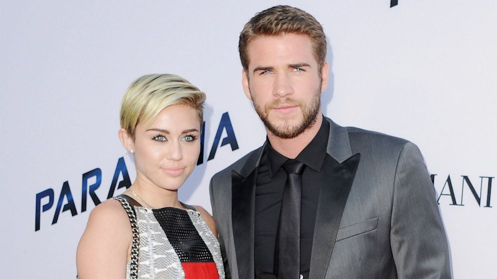 PHOTO: Miley Cyrus and Liam Hemswor