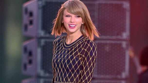 GTY taylor swift kab 141104 16x9 608 AMAs 2014: Top 5 Moments From the Show
