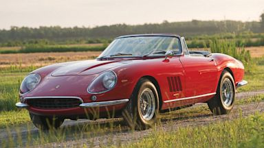 PHOTO: 1967 Ferrari convertible