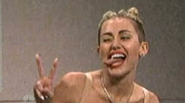 HT miley cyrus snl jt 131006 16x9 608 Miley Cyrus on Saturday Night Live: Her Top 5 Moments