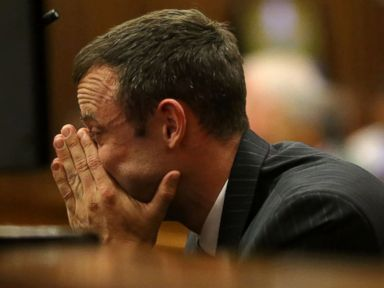Pistorius Vomits During Autopsy Testimony