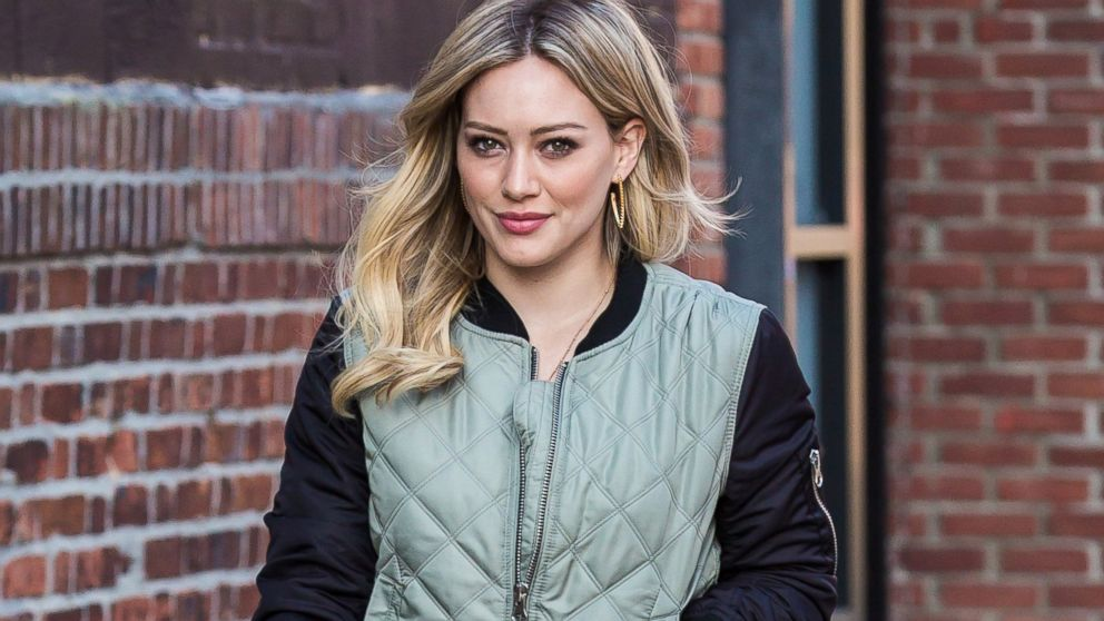 hilary duff joins tinder shares her rules of dating   abc news