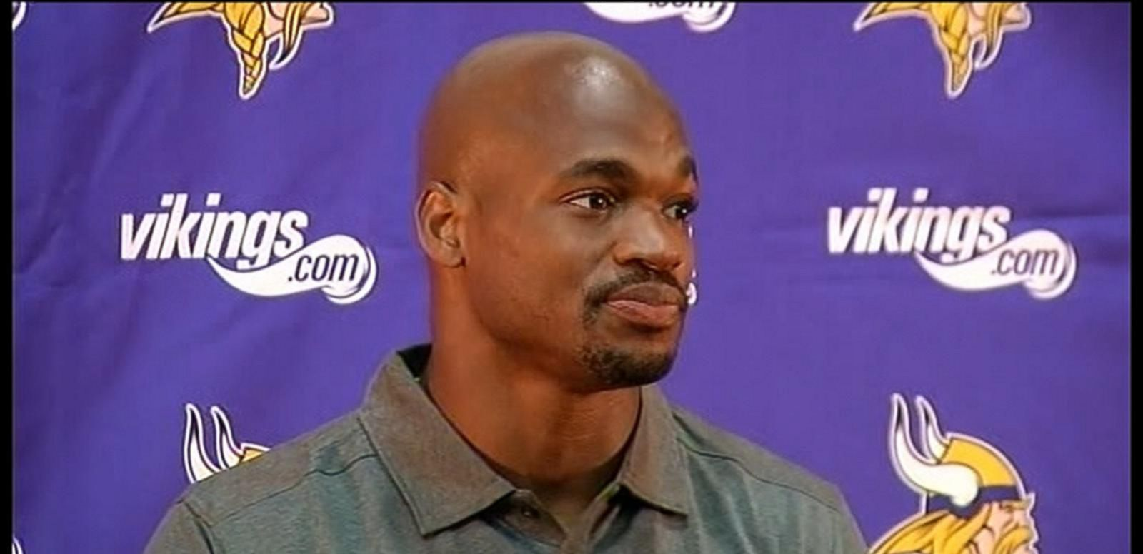 VIDEO: NFL's Adrian Peterson Returns to Vikings