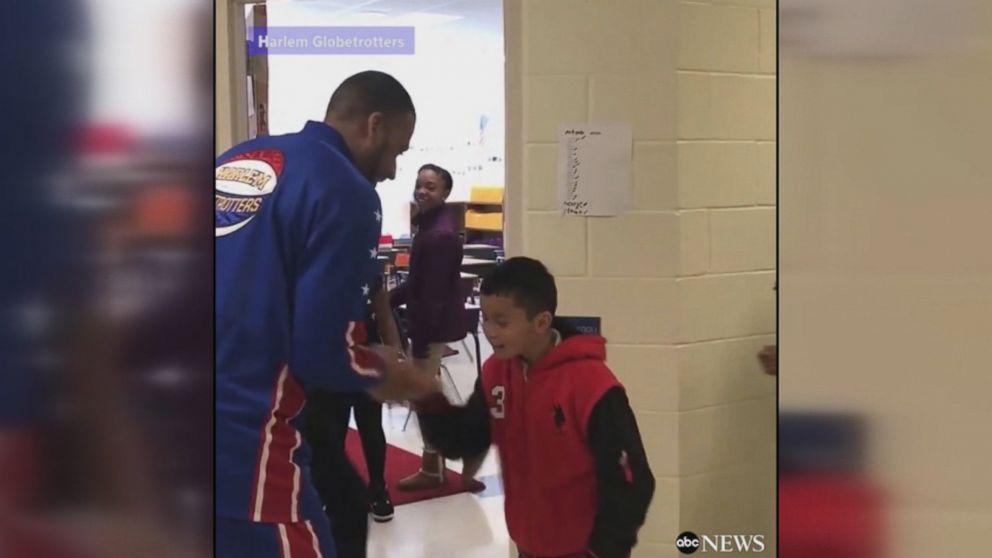 WATCH:  North Carolina teacher invites Harlem Globetrotter to perform iconic handshakes