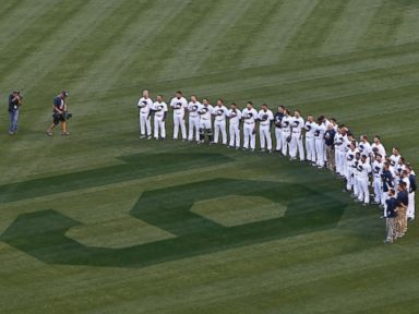 San Diego Padres Honor Baseball Legend Tony Gwynn