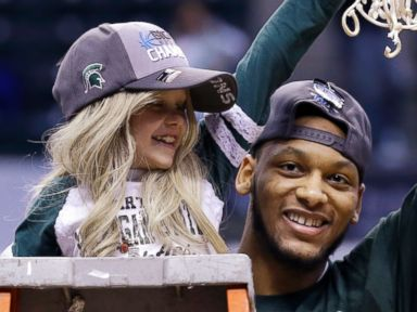 8-Year-Old MSU Super Fan 'Princess Lacey' Dies of Cancer