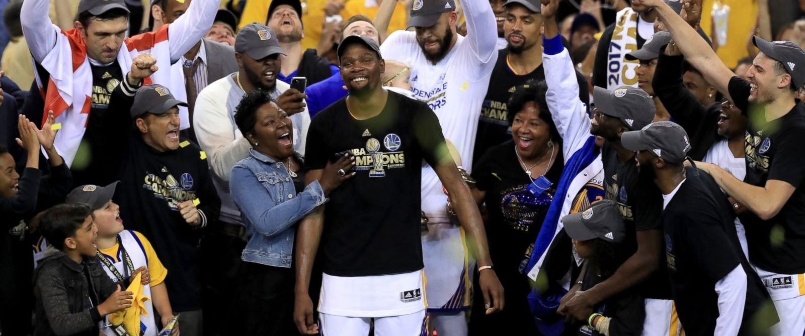 PHOTO: Kevin Durant of the Golden State Warriors celebrates with his mother Wanda, after defeating the Cleveland Cavaliers 129-120 in Game 5 to win the 2017 NBA Finals at ORACLE Arena, June 12, 2017, in Oakland, Calif.
