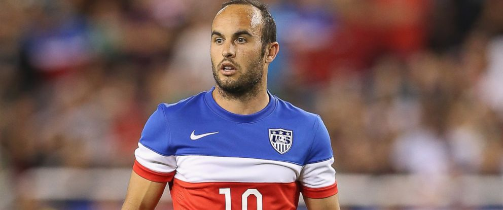 PHOTO: Landon Donovan #10 of USA during the International Friendly against Mexico at University of Phoenix Stadium on April 2, 2014 in Glendale, Arizona.