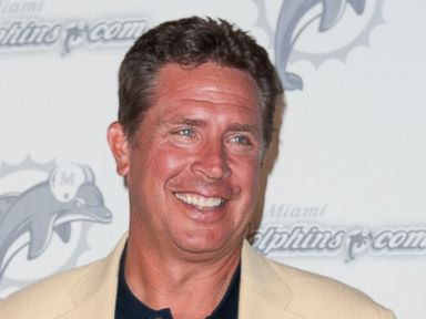 Marino Reverses, Punts on NFL Concussion Suit