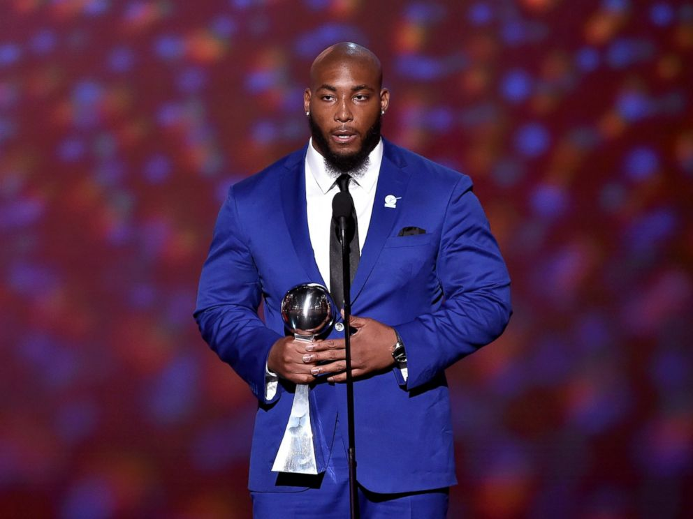 PHOTO: Honoree Devon Still accepts the Jimmy V Award for Perseverance during The 2015 ESPYS at Microsoft Theater, July 15, 2015, in Los Angeles.