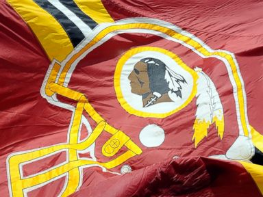 Hashtag Fail? Redskins Urge Fans to Troll Senator on Twitter