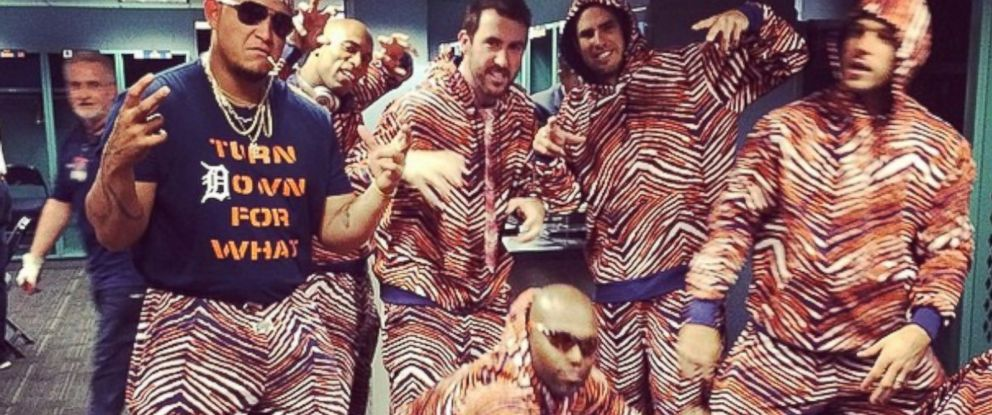 PHOTO: Detroit Tigers players, including Miguel Cabrera, Justin Verlander and Torii Hunter, pose in their Zubaz outfits, May 18, 2014.