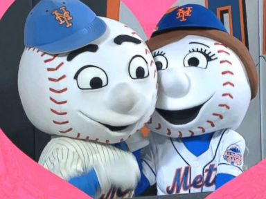 PHOTO: Mr. Met and Mrs. Met, the mascots of the New York Mets.