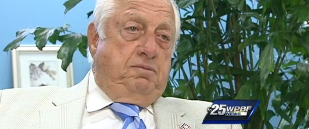 PHOTO: Former Los Angeles Dodgers manager Tommy Lasorda speaks about banished Clippers owner Donald Sterling, May 6, 2014.