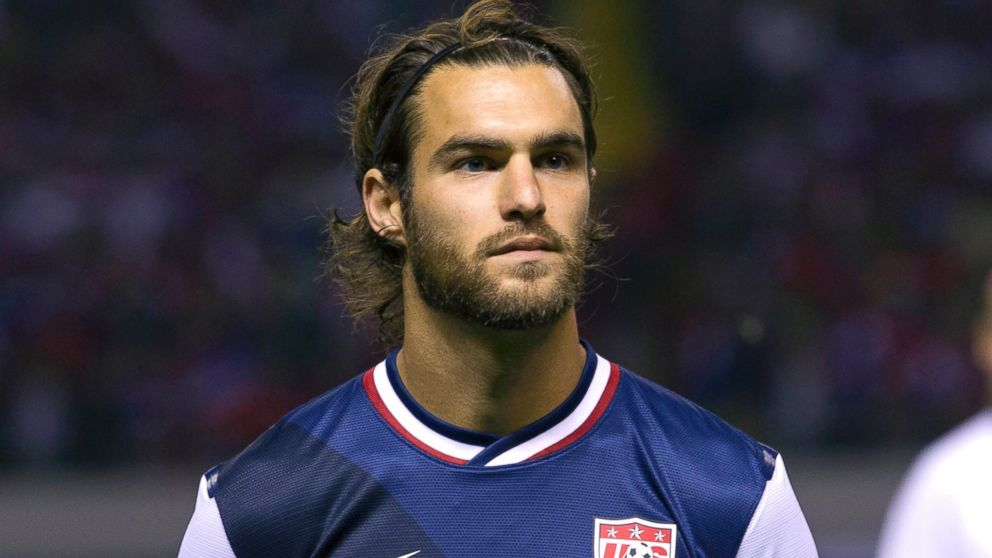 PHOTO: United States Graham Zusi prepares for a World Cup qualifying soccer match against Costa Rica in San Jose, Costa Rica, Friday, Sept. 6, 2013.
