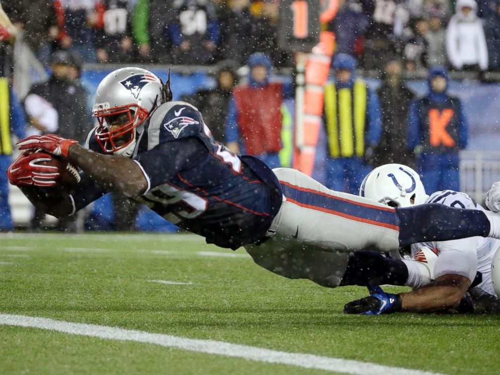PHOTO: New England Patriots running back LeGarrette Blount (29) scores on a 13-yard touchdown run during the second half of the game against the Indianapolis Colts, Jan. 18, 2015, in Foxborough, Mass.