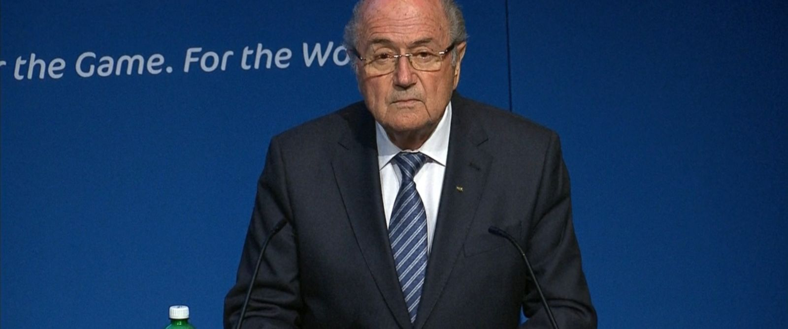 PHOTO: Sepp Blatter resigns as president of FIFA, June 2, 2015.