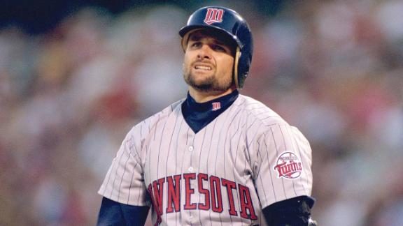 Twins Star Chuck Knoblauch