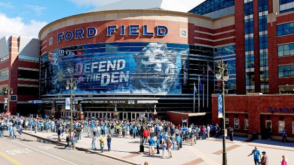 Detroit ford field ticket office for Ford motor company detroit michigan phone number