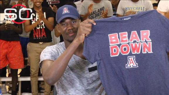DeAndre Ayton surprises by committing to Arizona basketball