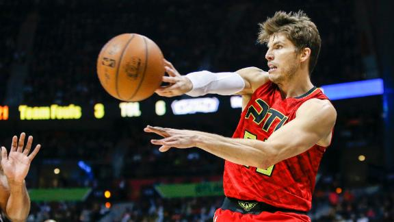 Hawks set to trade Korver to Cleveland for first-round pick