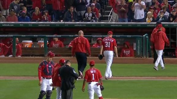 Scherzer pulled in fourth with apparent leg issue