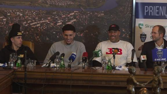 Reporter in Lithuania asks LiAngelo Ball a personal question